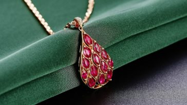 naszyjnik-rubin